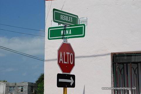 Nomenclatura en calles del centro de Sabinas Hidalgo