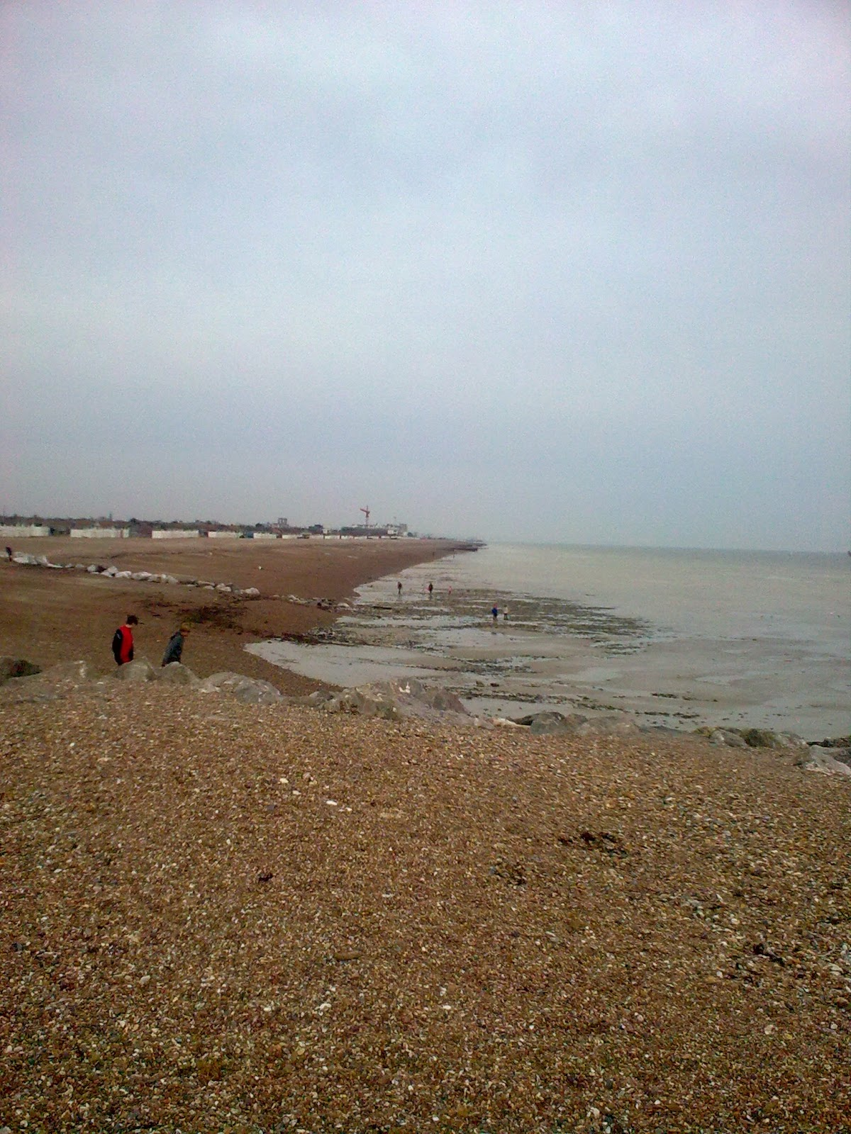 Image0302 Shingle beach near Sea View cafe, Goring