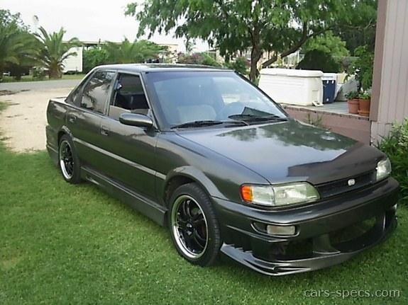 1990 geo prizm sedan specifications pictures prices rh cars specs com 1990 Geo Metro 1992 Chevy Geo