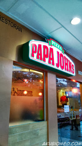 papa john\'s pizza's pizza</u>