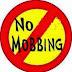 Mobbing: ignorare i colleghi è peggio che deriderli