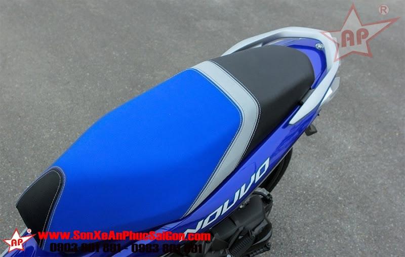 Cận cảnh Yamaha Nouvo GP 2016 mới