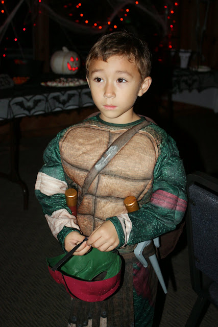 2014 Halloween Party - IMG_0416.JPG