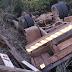 Oeste: caminhão tomba e causa a morte de dois ocupantes