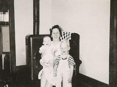 Grace_Jeri_Bob_1948