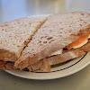 Sandes (сандвич) com presunto (прошуто), tomate i mozarela в Antiga Confeiteira de Belém