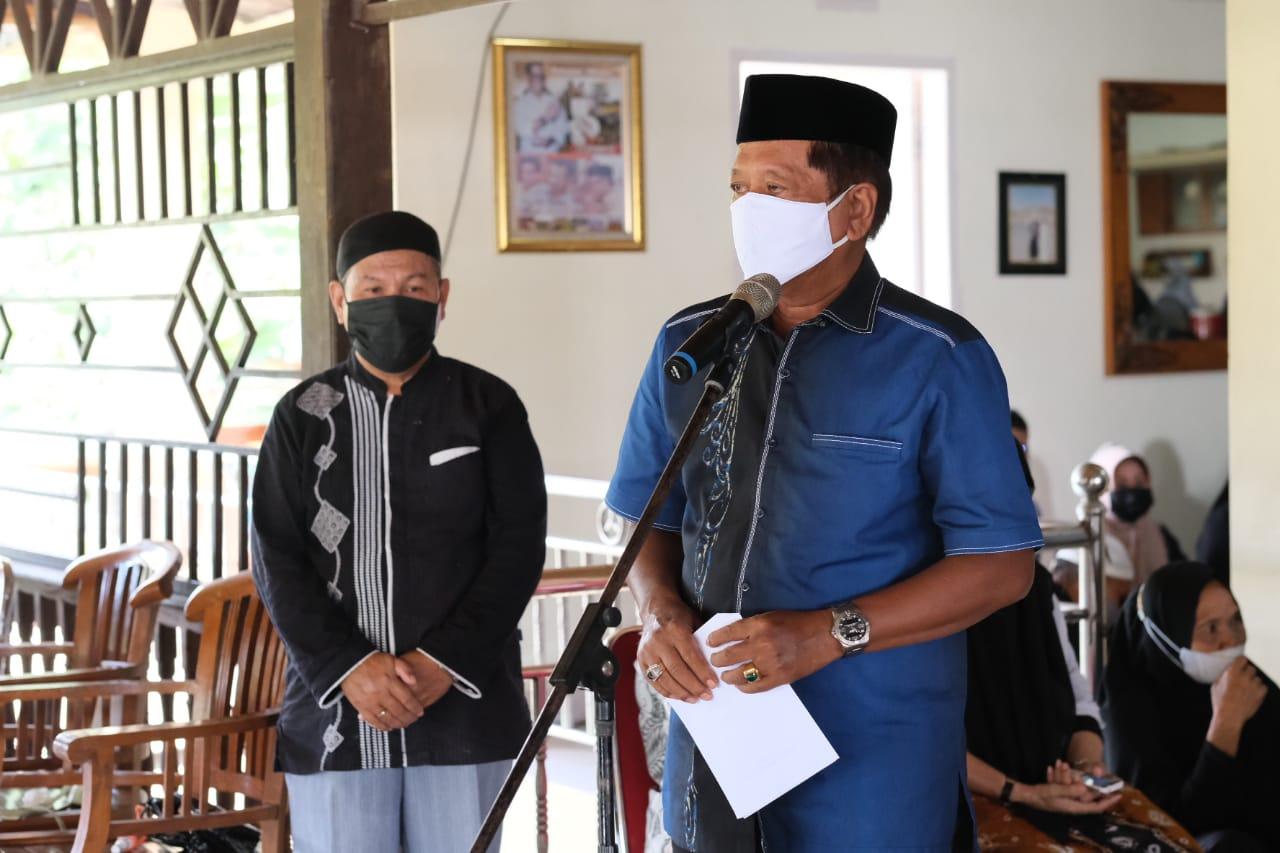 Bupati Soppeng Pimpin Pelepasan Jenazah Almarhum Bapak Halide Manna