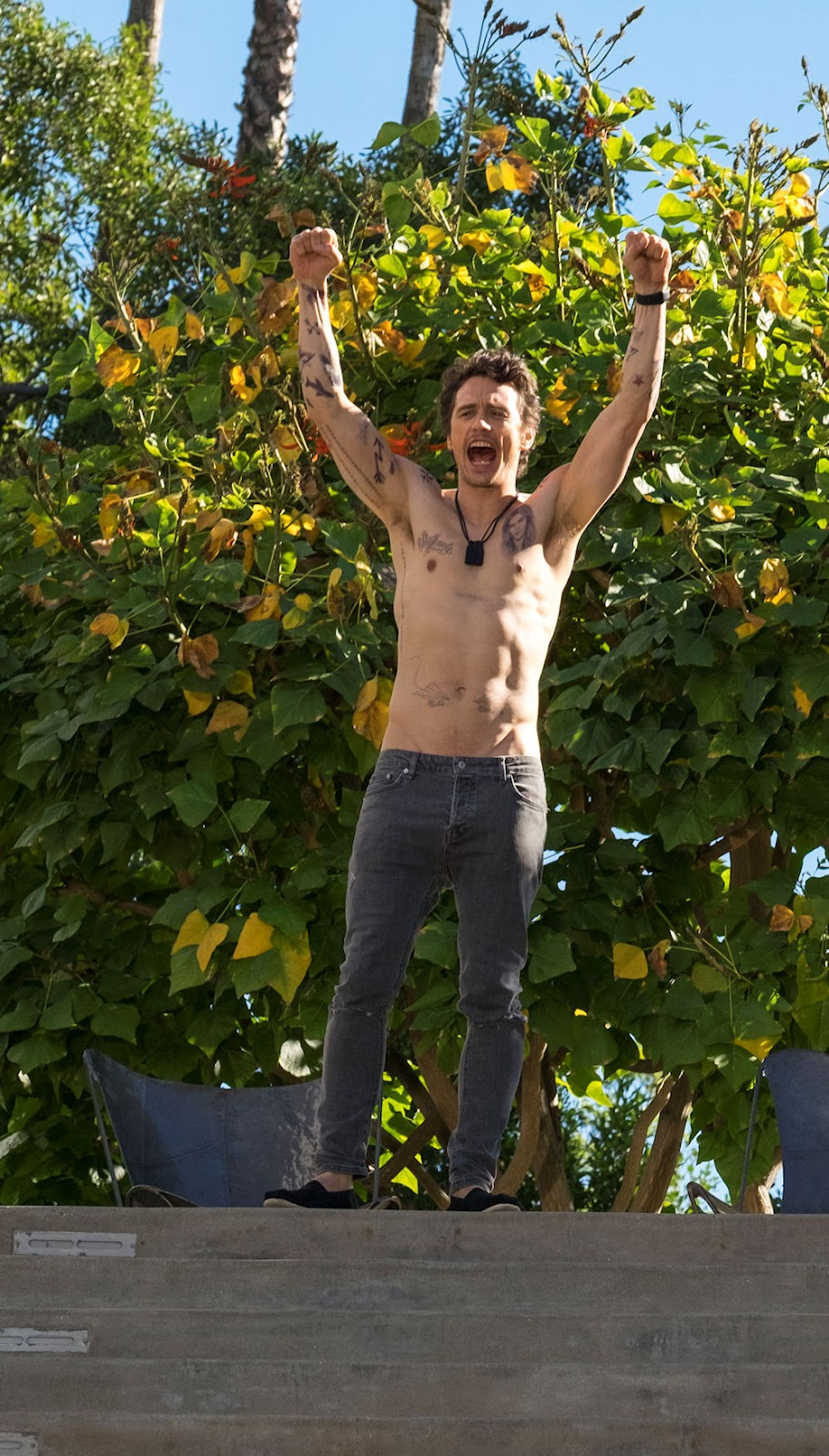 James Franco in WHY HIM?. (Photo by Scott Garfield / courtesy of 20th Century Fox).
