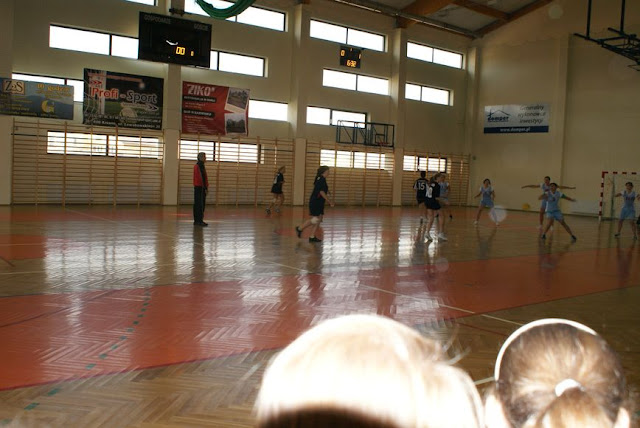 Piłka ręczna zowody listopad 2011 - DSC03744_1.JPG