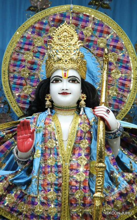 ISKCON Juhu Mangala Deity Darshan 09 April 2016 (41)