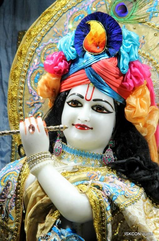ISKCON Juhu Mangal Deity Darshan on 24 April 2016 (29)