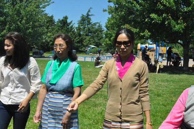 TAW celebrating H.H the Dalai Lama Bday at Magnuson Park 2011 - Trungkar--Magnuson%25252520park%25252520031.JPG
