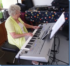 Barbara Powell playing the Yamaha Tyros 4.