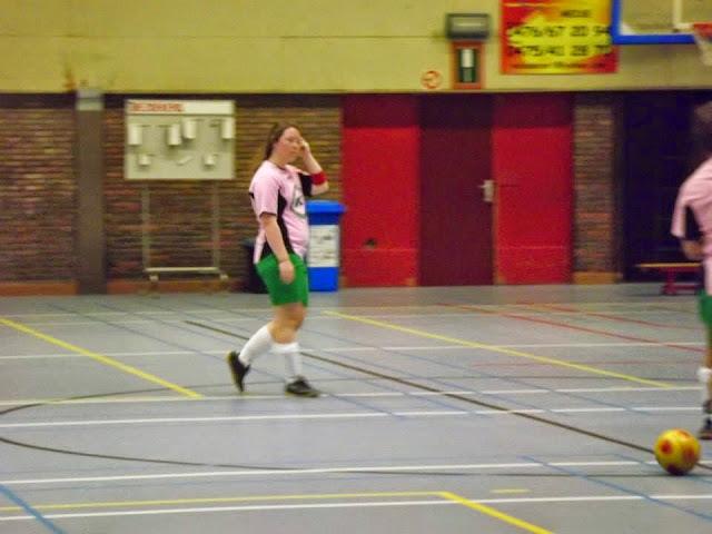 damesvoetbal Machelen http://www.dekartoesjkensmachelen.be