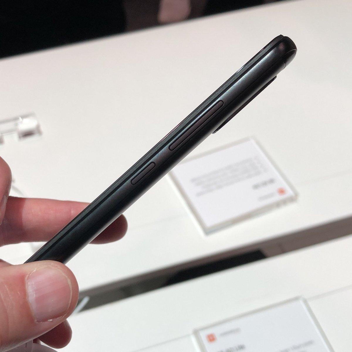 جوال Xiaomi Mi A2 Lite المميز ببطارية ضخمة ومشروع يعمل بخدمة جوجل الرائعة