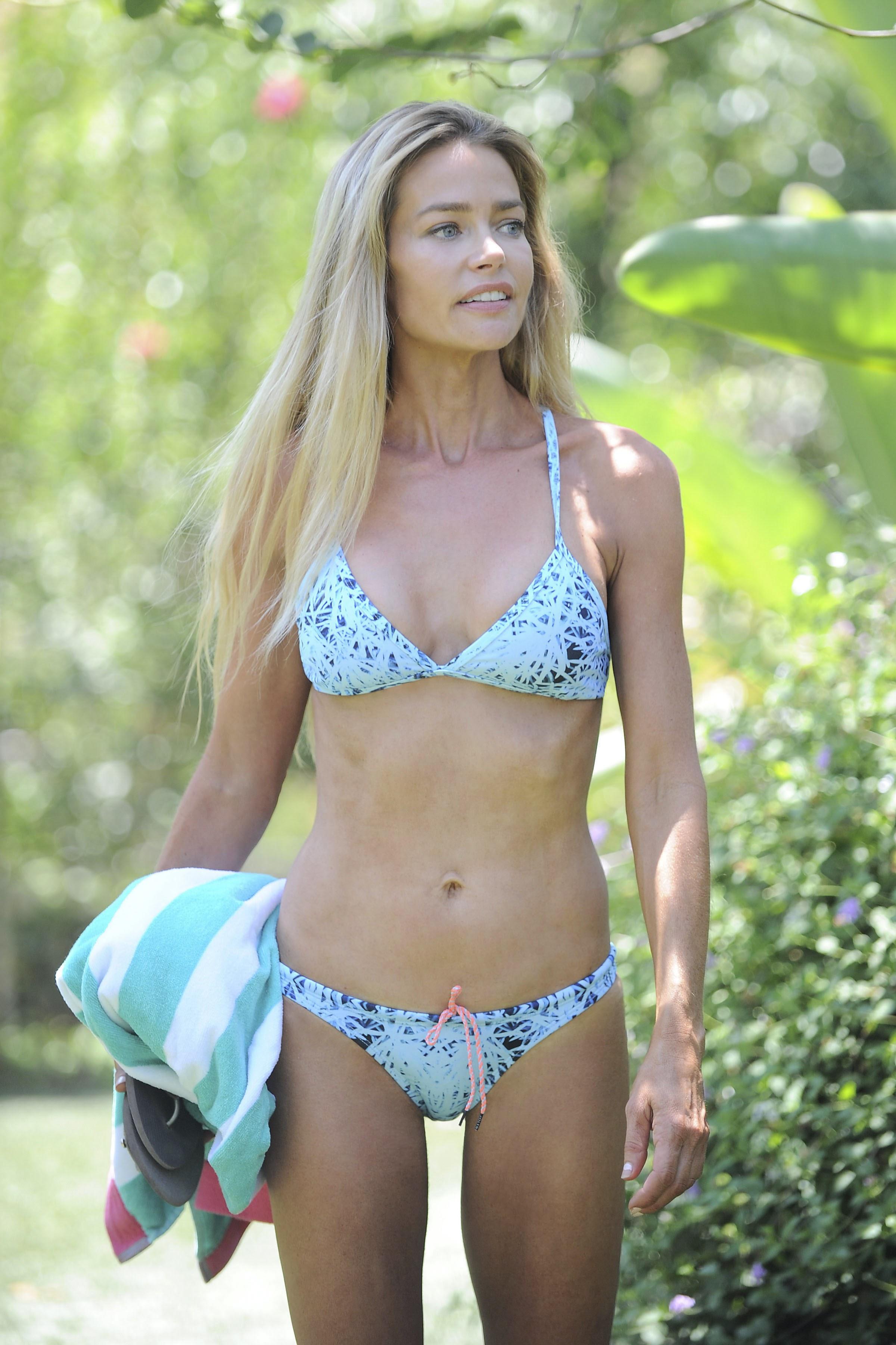 Bikini Carmen Valentina nude photos 2019