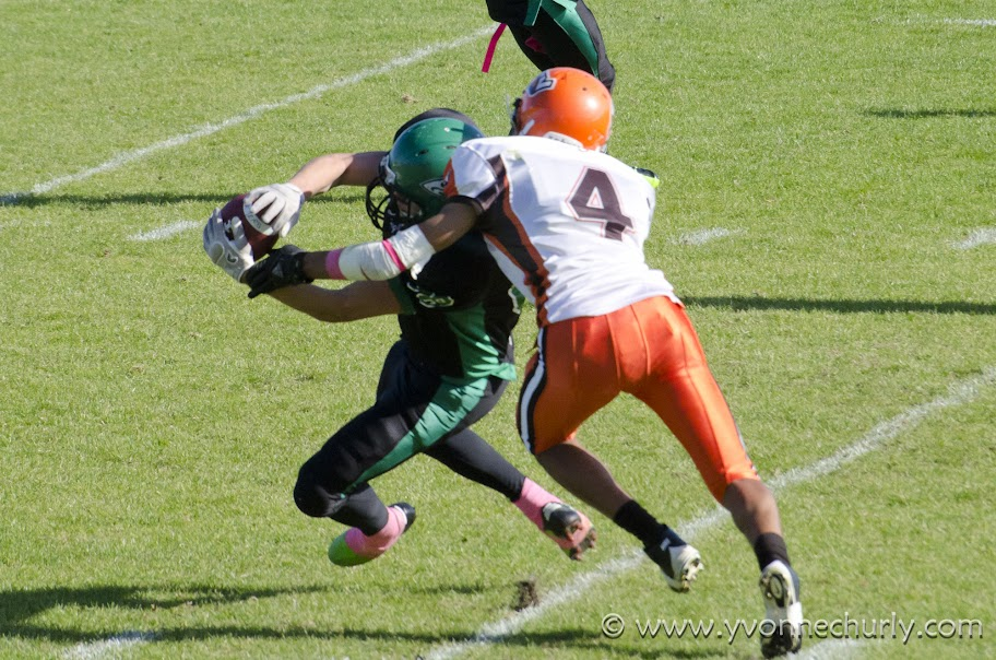 2012 Huskers vs Okanagan Sun - _DSC7412-1.JPG