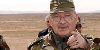 Appelant à la vigilance et rendant hommage aux forces armées: Gaïd Salah galvanise les troupes