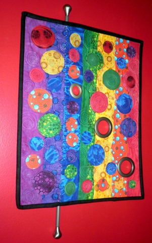 Rows of Circles Quilt by Kim Lapacek