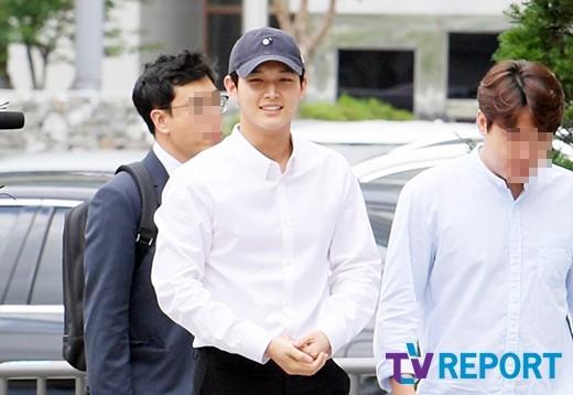 lee seo won all smiles 3
