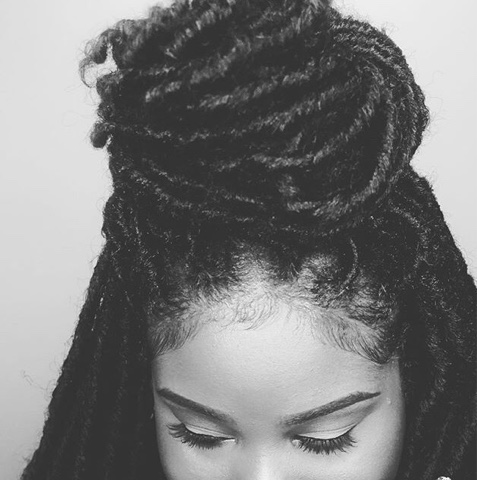 ivydear wearing crochet locs black
