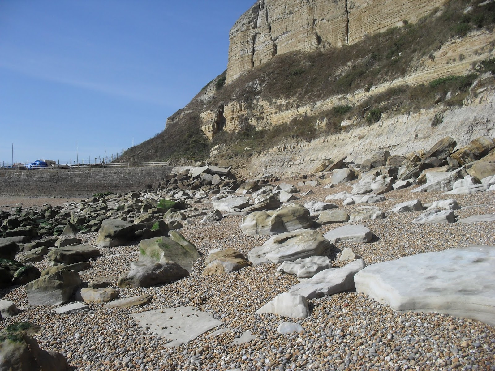 SDC11581 Hastings - start of seashore route to Fairlight Glen