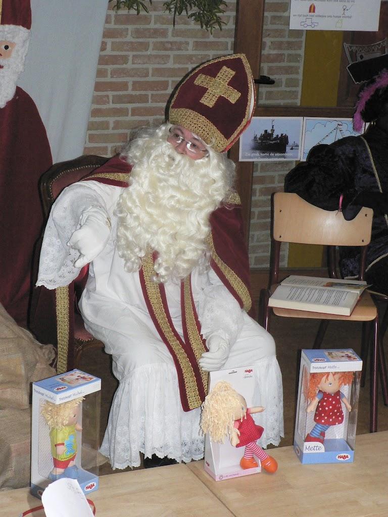 Sinterklaas op bezoek - P1270335.JPG