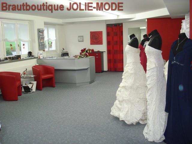 JolieMode  Geschichte Brautmode Brautkleider Hochzeitskleider Festmode Accesoirs Schmuck