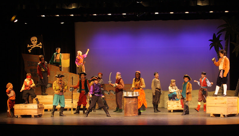 2012PiratesofPenzance - IMG_0523.JPG