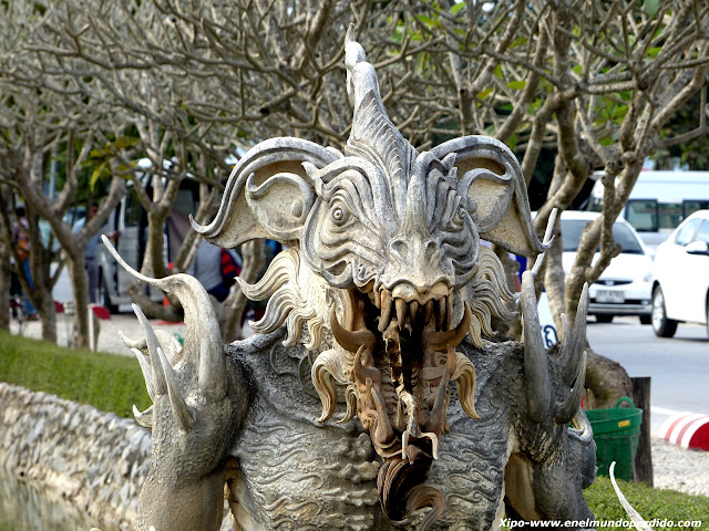 estatua-dragon-templo-chiang-raiJPG
