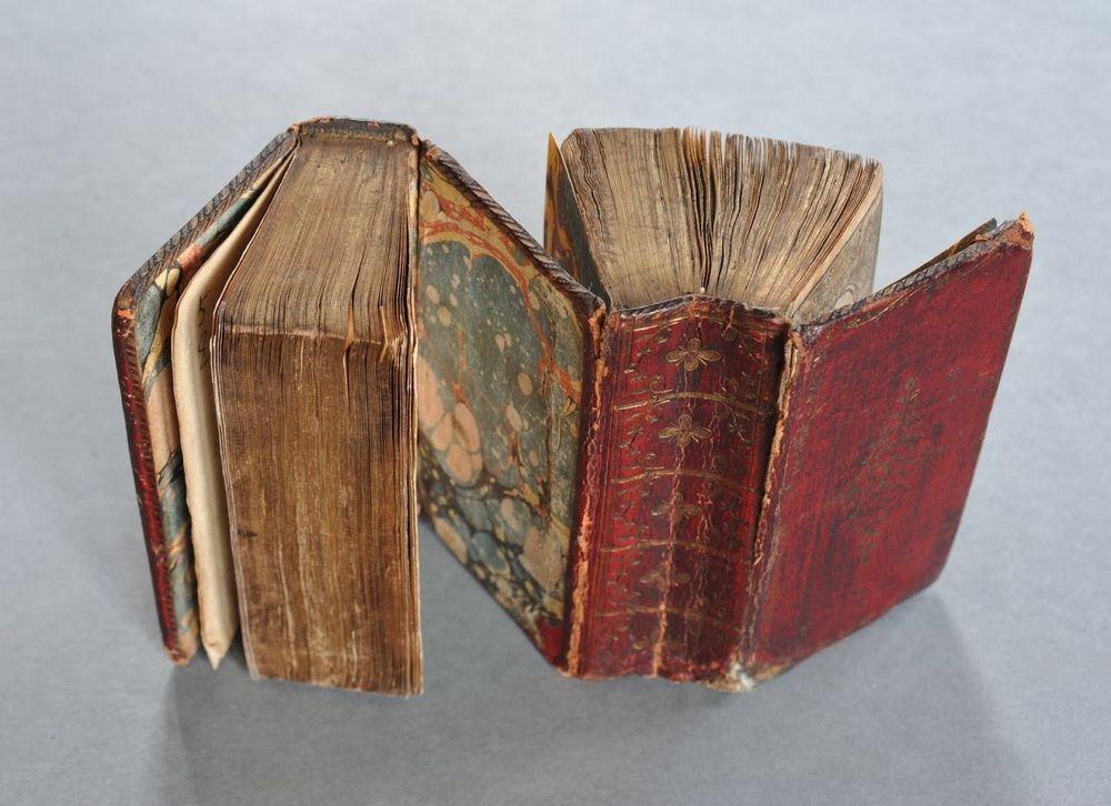 dos-a-dos-binding-2