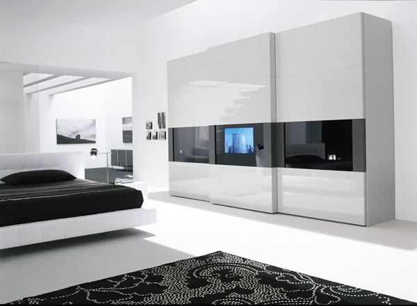 Armadio Dama scorrevole laccato bianco con TV incorporata nella anta e ...