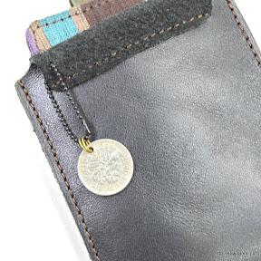 コインはプレゼントされる方の誕生された年のものだそうです。オシャレですね。