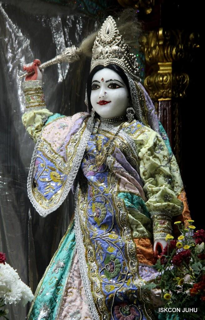 ISKCON Juhu Mangal Deity Darshan on 5th Aug 2016 (21)