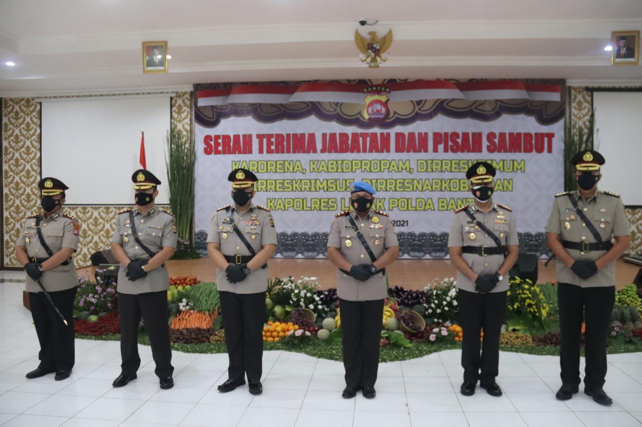 Kapolda Banten Pimpin Sertijab 5 PJU dan Kapolres Lebak Dengan Prokes Yang Ketat