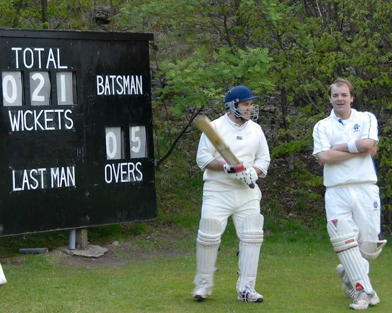 Cricket45DS-Sutton