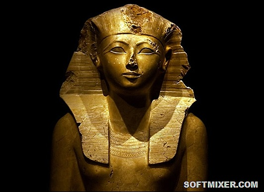 Female-Pharaoh-Hatshepsut-2