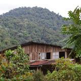 Los Cedros (1400 m) : le bâtiment d'habitation. Montagnes de Toisan, Cordillère de La Plata (Imbabura, Équateur), 19 novembre 2013. Photo : J.-M. Gayman