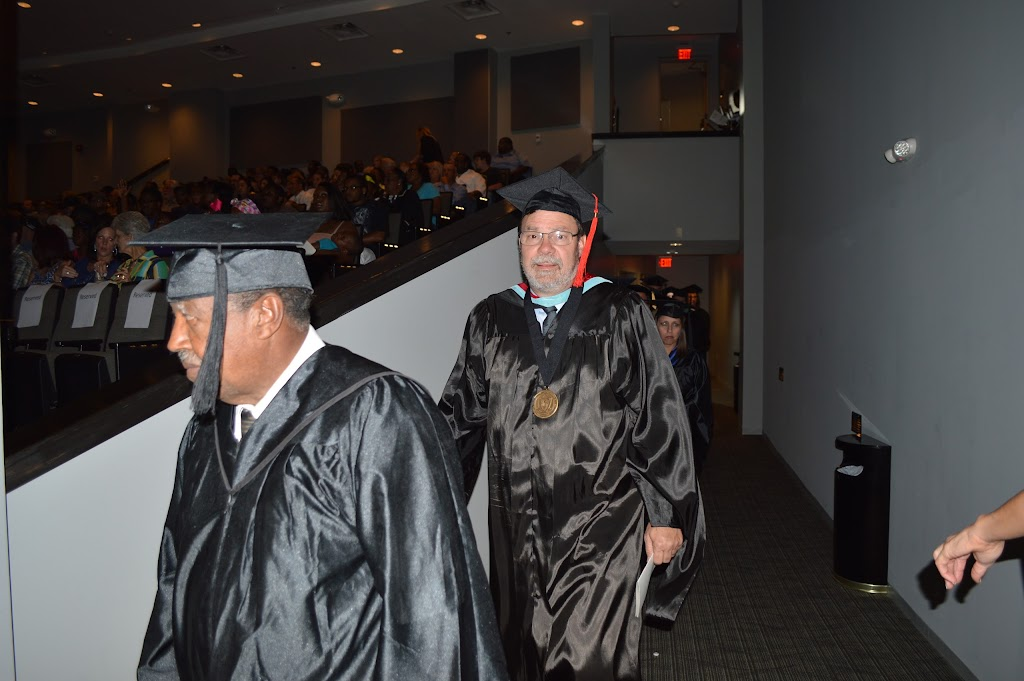 UAHT Graduation 2016 - DSC_0285.JPG