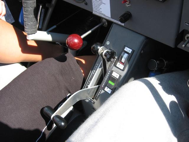 Ny Rotax Falke - 15%2BMotor%2Bog%2Bpropelbetjening.JPG