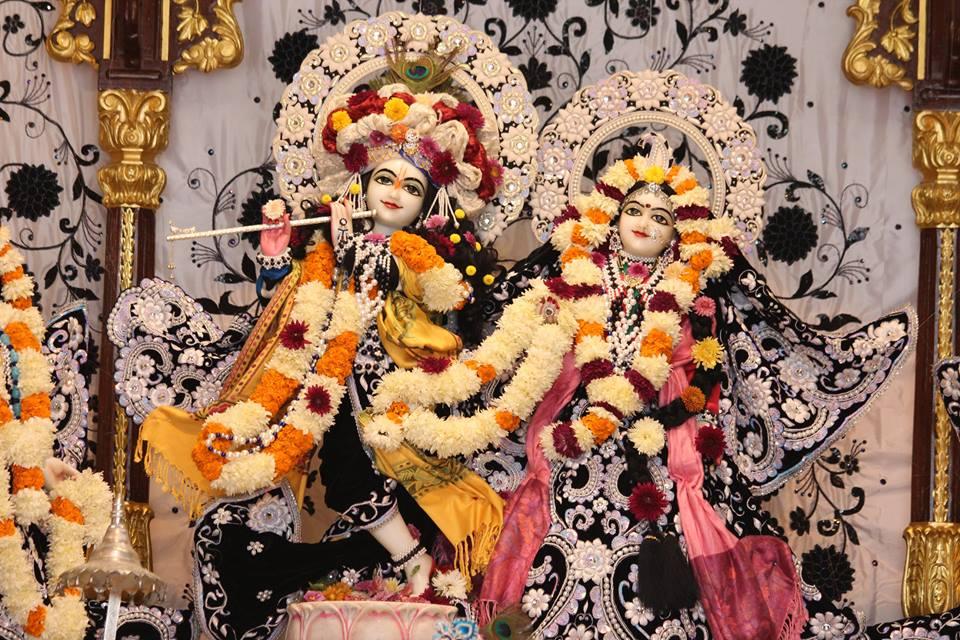 ISKCON Kanpur Deity Darshan 19 Dec 2015 (5)