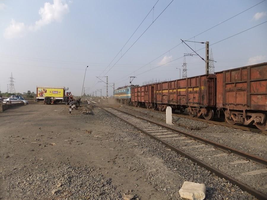 Eisenbahnbilder aus Indien 120408+f+%281041%29