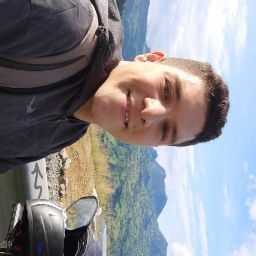 user Jhonatan Steven Ariza Alazte apkdeer profile image