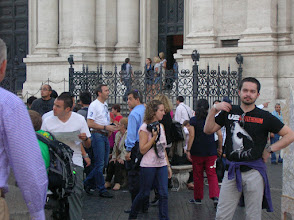 Photo: Lost in the crowd - Piazza Navona