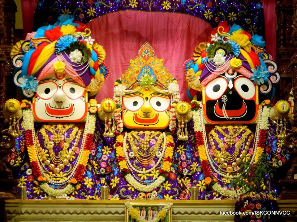 ISKCON Pune NVCC Deity Darshan 19 Dec 2015 (1)