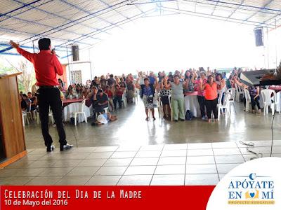 Celebracion-del-Dia-de-La-Madre-2106-17