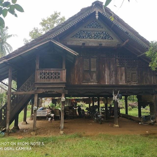 Rumah Adat Aceh Berusia 100 Tahun Di Aceh Timur