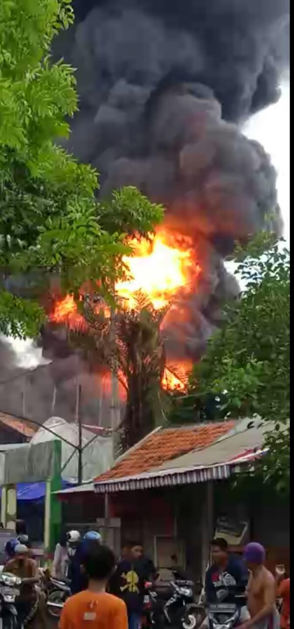 Kebakaran BBM di Rumah, Satu Warga Tewas