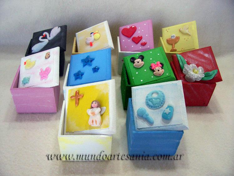 Todo en porcelana fria adornos regalos souvenirs cajas decoradas diferentes dise os - Cajas infantiles decoradas ...
