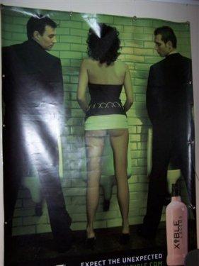 De promotie affiche voor de Braeckman cactus jenever. De achterkant mag er alvast zijn. De voorkant is nog af te wachten (vrouw, mannentoilet, rechtstaand... !?)